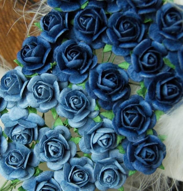 Bilde av Roser 1,8 cm Lys og mørk blå (6)